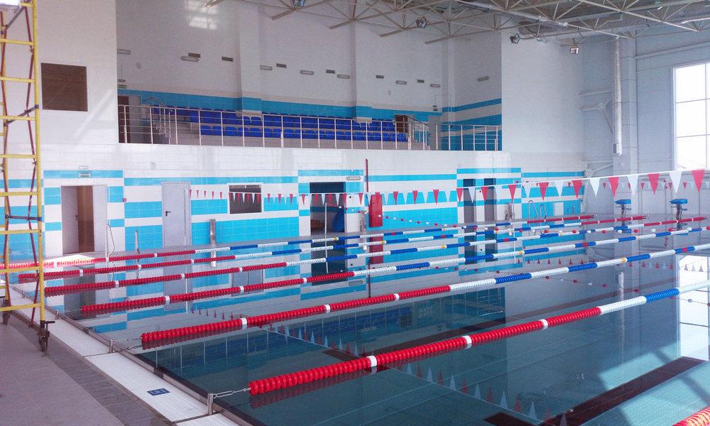 Бассейн для фитнес клуба